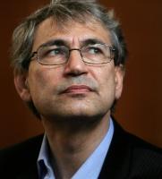 Orhan Pamuk, Karolin Fişekçi ile yaşadığı ilişkiyi reddetmişti.